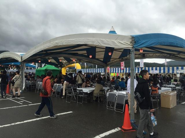 そば祭りのテント