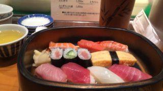 一徹寿司でランチにぎり1.5人前で満腹(東京都中央区日本橋)
