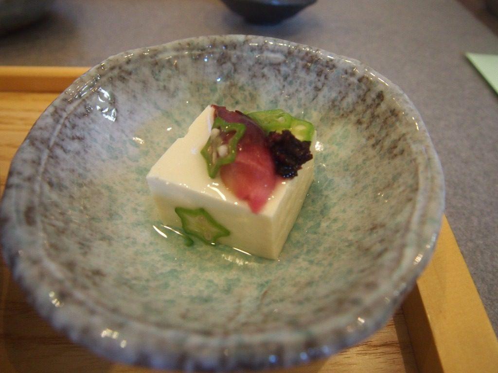 オクラ塩豆腐