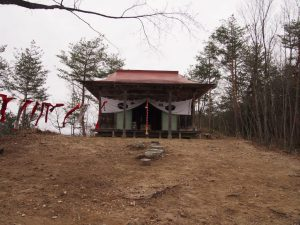 弁天山頂上の厳島神社