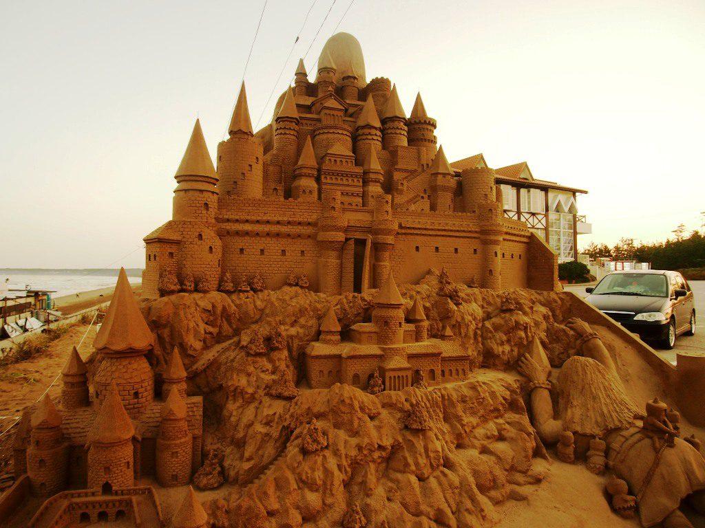 お城の砂像