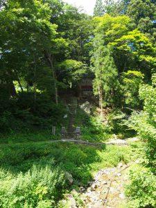 水引の清水と山神社