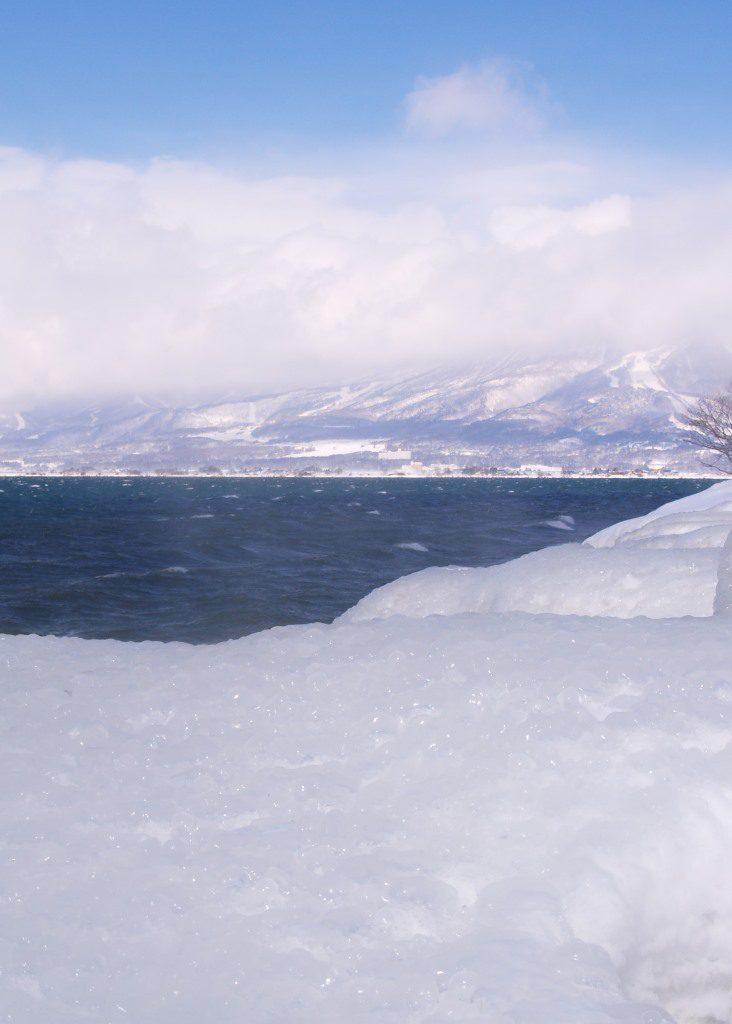 磐梯山と猪苗代湖