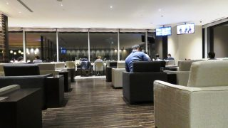 羽田空港国際線スカイラウンジ(3連休で香港旅行①)